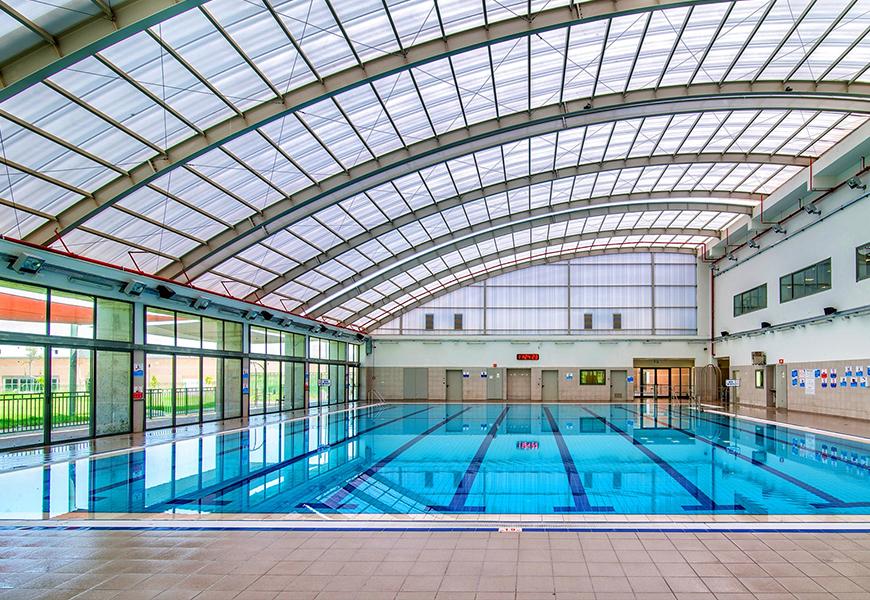 הבריכה בבסיס - צילום : V5 אדריכלים האחראים על בניית מתחם הספורט בבסיס